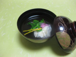 吸い物:湯葉茶巾と菜種