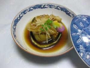炊き合わせ:加茂茄子と揚げ鱧の餡掛け