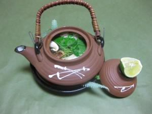 吸い物:松茸土瓶蒸し