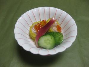 酢の物:笹身菊花巻き土佐酢掛け