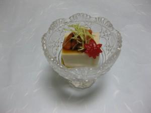 先付:胡麻豆腐、生雲丹