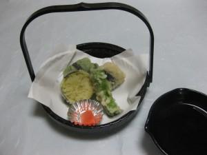 揚物:海老の生麩挟み揚げ
