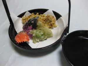 揚物:牡蠣の湯葉衣揚げ
