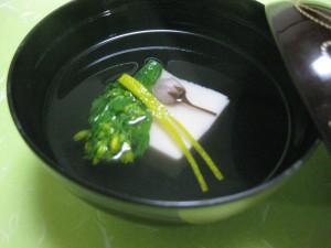 吸物:桜豆腐