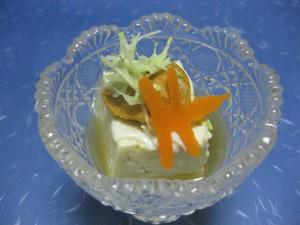 先付:湯葉豆腐、生雲丹、赤とんぼ