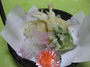 揚げ物: 白魚東寺揚げ